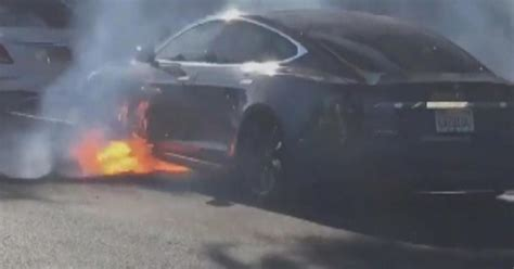 """Actress tweets video of husband's Tesla bursting into flames """"out of the blue"""" - CBS News"""