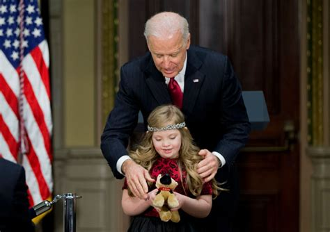 Fighting Biden ?u=https%3A%2F%2Ftse2.mm.bing.net%2Fth%3Fid%3DOIP