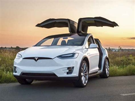 Tesla Threatens to Fire and Sue Employees Found Leaking Information | CloudWedge