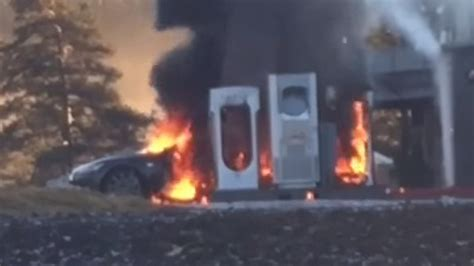 Tesla Model S burns to the ground while at charging station