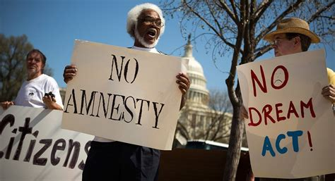 House responds to border crisis by passing a mass amnesty ...
