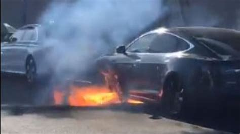 Actress Mary McCormack films moment Tesla Model S catches fire | US News | Sky News