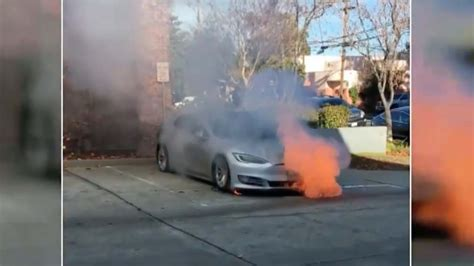Tesla Investigating Model S That Caught Fire Twice In One Day