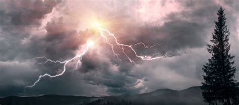 Lightning strike Stock Photos, Royalty Free Lightning ...