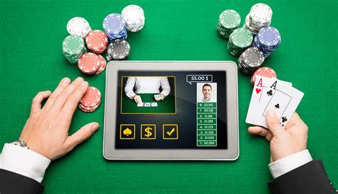 Игра на криптовалюты в казино Биткоинэкс становится все популярнее и выгоднее в последнее время
