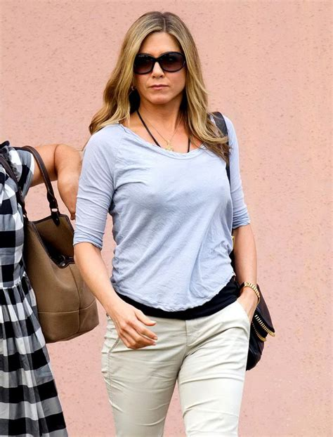 JENNIFER ANISTON Out and About in Wilmington - HawtCelebs