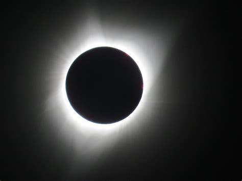 Solar eclipse - Wikipedia