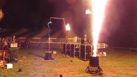 Symphony of Fire: Tesla coil at SHA2017 - YouTube