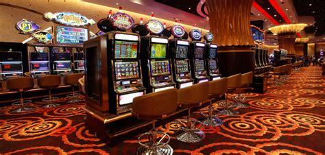 Играй на деньги и выигрывай в казино Вавада