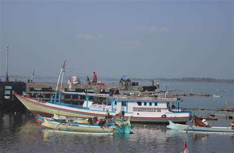 Wow.. Kerugian Akibat Illegal Fishing Kapal Asing Mencapai ...
