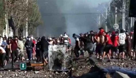 """Covid-19, a Santiago (Chile) scontri: """"non abbiamo da ..."""