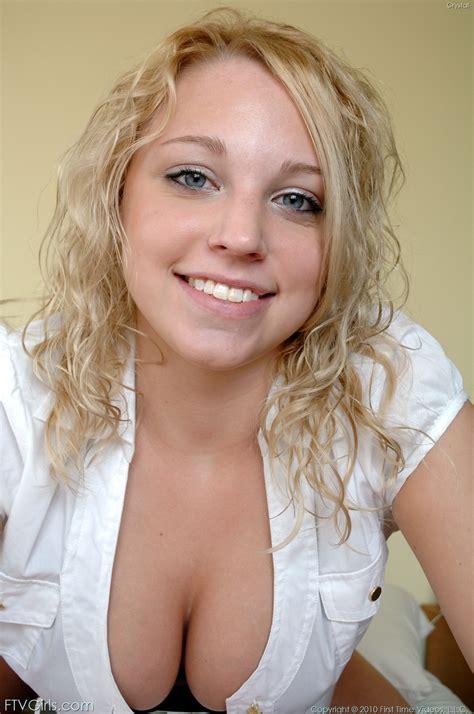 """Une <a href=""""http://pflegewiki.info/page/son-plan-cul-est-une-belle-blonde"""" class=""""perelink"""">blonde</a> traitée comme la dernière des merde..."""