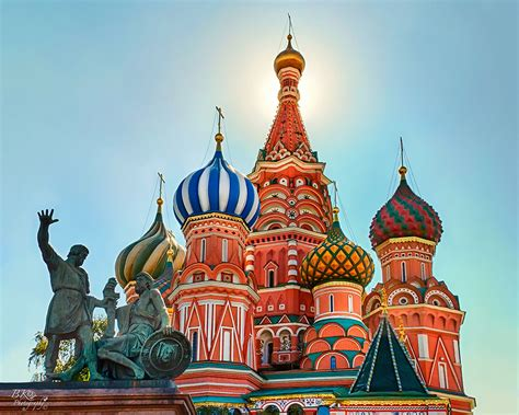 Decorating, St. Basil's Cathedral In Moscow: 24 Famous ...