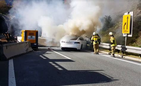 Tesla Model S catches fire in Austria, needs an army of firefighters to be extinguished