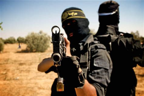 We either destroy Islamic State or die - The Commentator