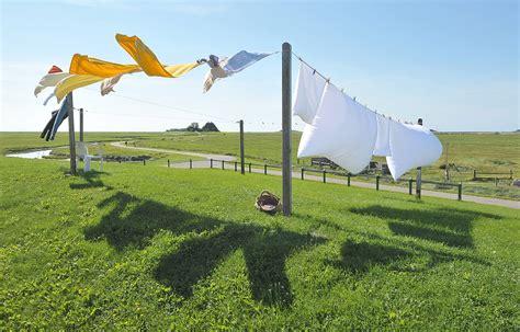 clothesline - Wiktionary