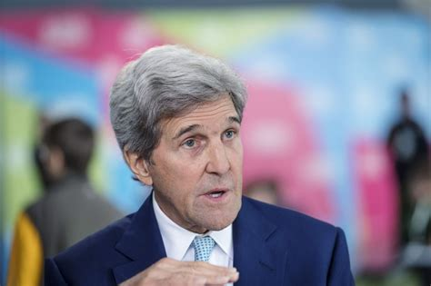 John Kerry on Bill Maher's show: Trump has 'the insecurity ...