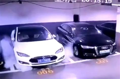 Parked Tesla Model S Catches Fire in China, Team Sent to Investigate – Watch Video - News18