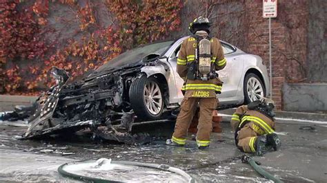 Tesla Model S Catches Fire in Los Gatos, Reignites Hours Later at Tow Yard - NBC Bay Area