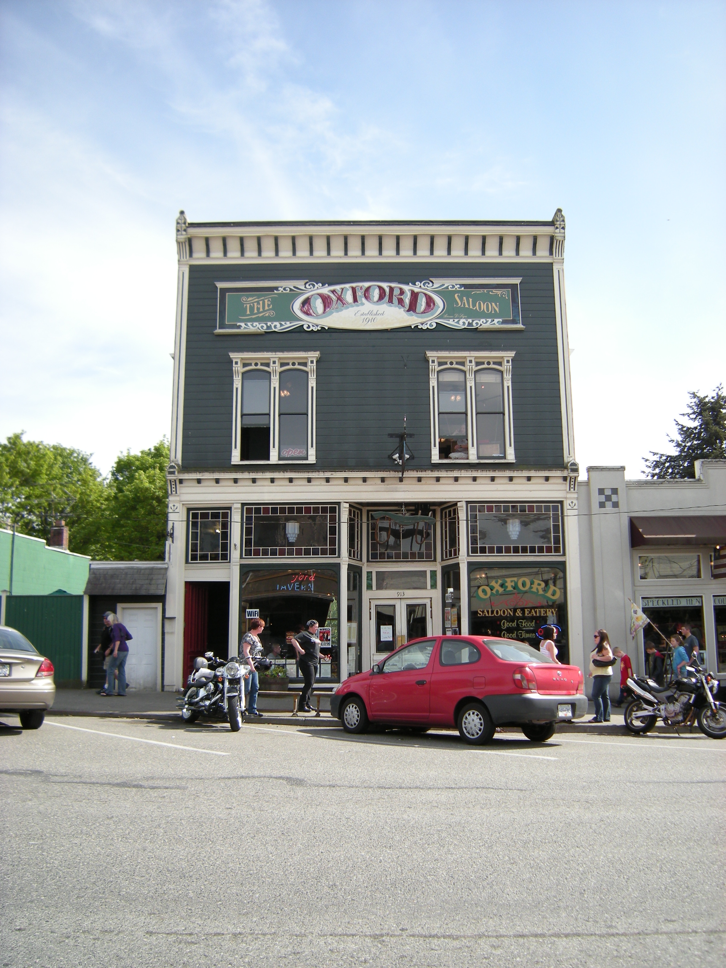 Living in Snohomish WA the Oxford Saloon