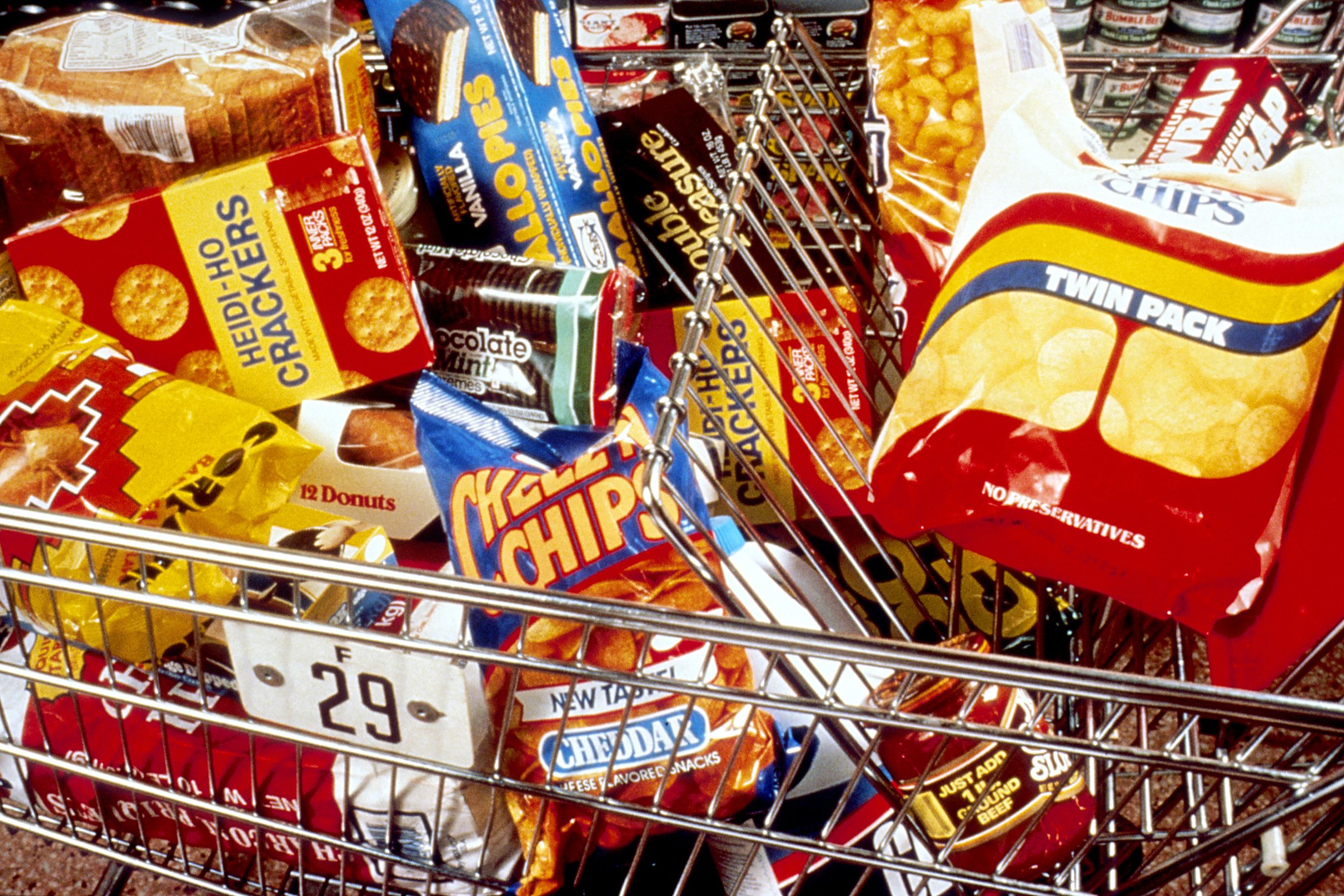 File:Unhealthy snacks in cart.jpg - Wikimedia Commons