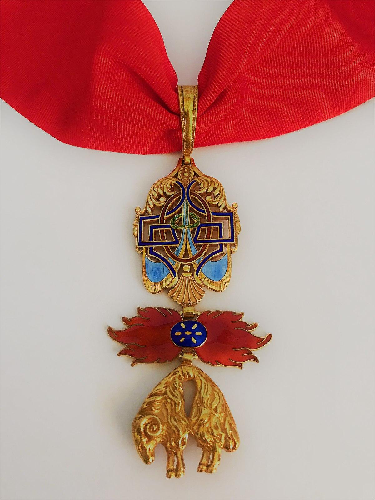 Order of the Golden Fleece - Wikipedia