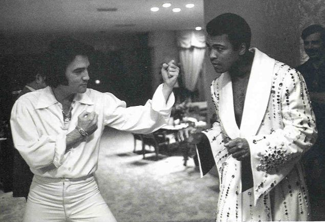 Muhammad Ali with his famous friends | vintage everyday