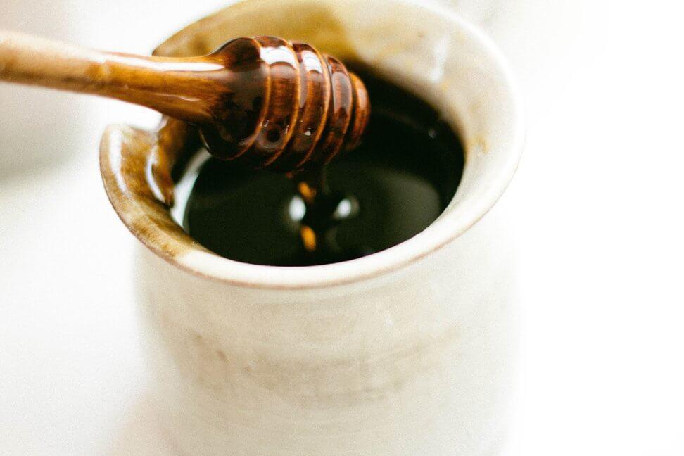 Recepti s marihuanom - Med od konoplje! Vutropedija.com