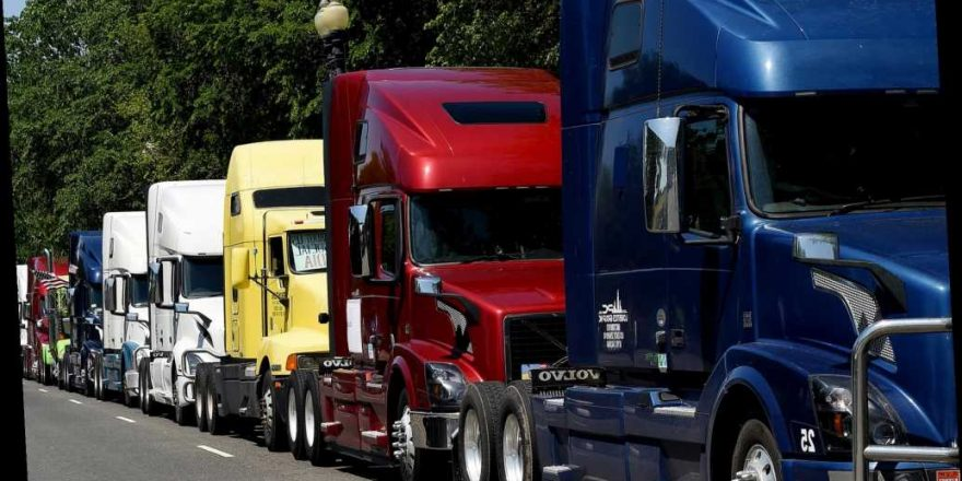 Truckers wouldn't deliver to cities that defund police, poll suggests…