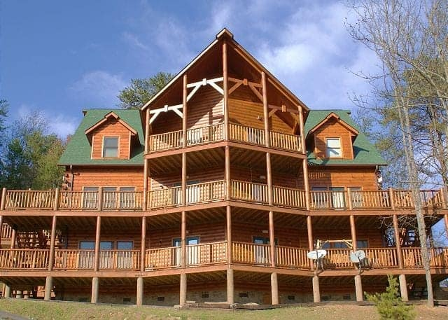 Alpine Chalet Rentals Gatlinburg - Cabins in Gatlinburg TN