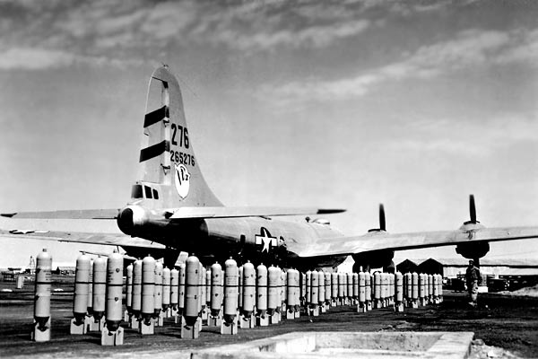 B-29s Bomb Japan Days After The Two Atomic Bombs Were ...