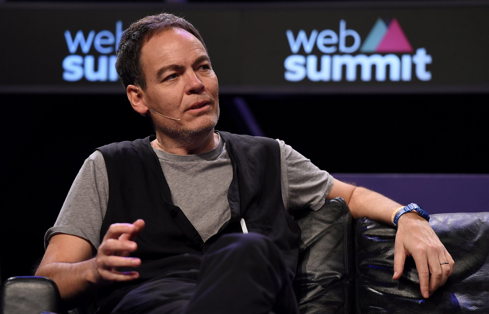 Max Keiser: Economists 'Look Really Stupid' When ...