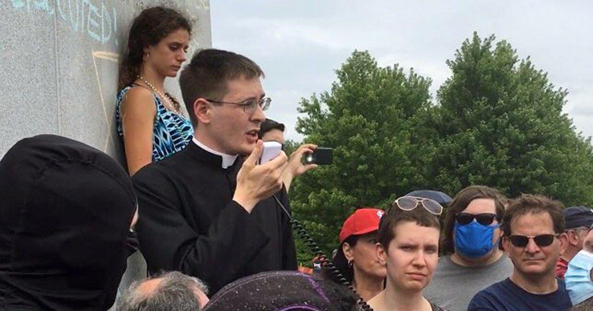 Catholic Priest Defends St Louis Statue