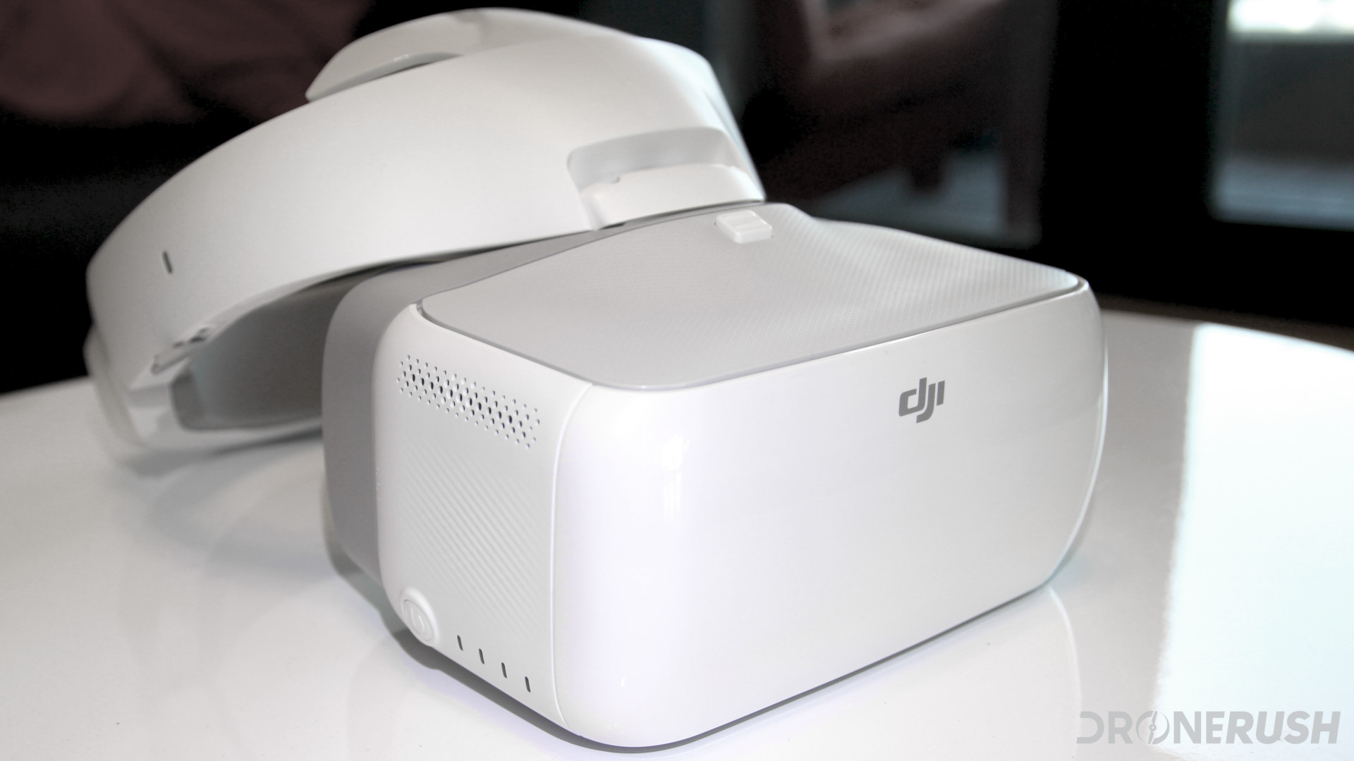 12 reasons to choose the DJI Goggles - DroneRush