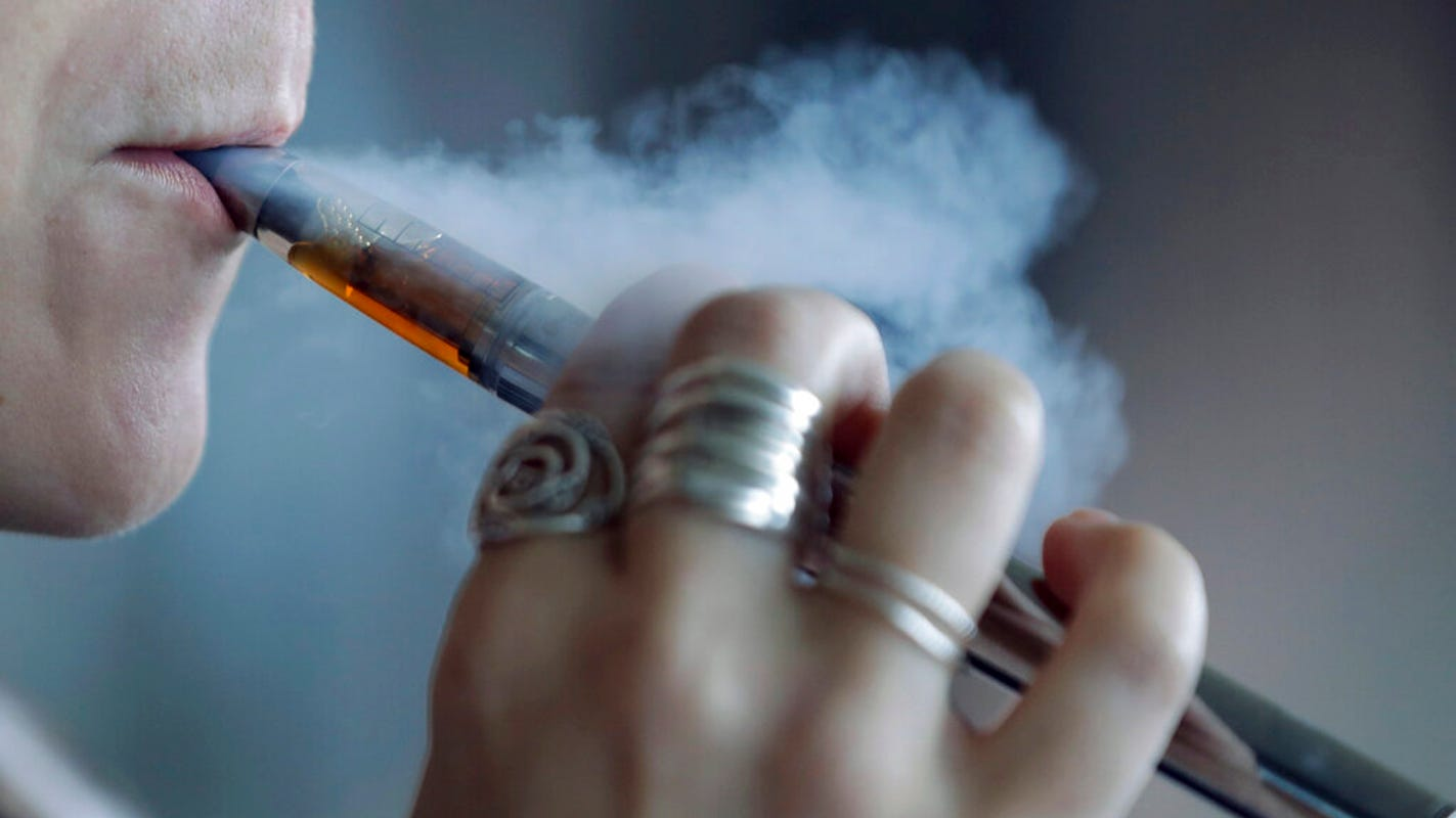 U.S. vaping-related deaths rise to 52, hospitalizations to 2,409…