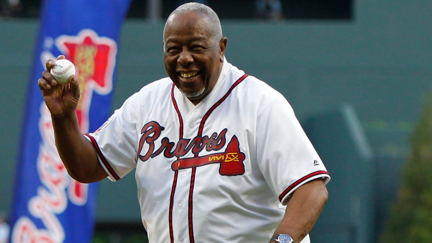 Hank Aaron says Astros who stole signs should be banned ...