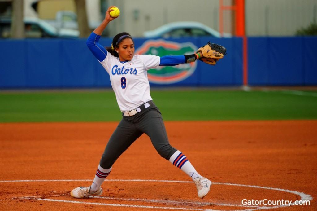 Florida Gators softball rolls to 20-0 this year