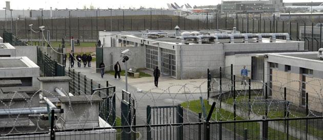 Le Mesnil-Amelot Centre de Rétention Administrative CRA N ...
