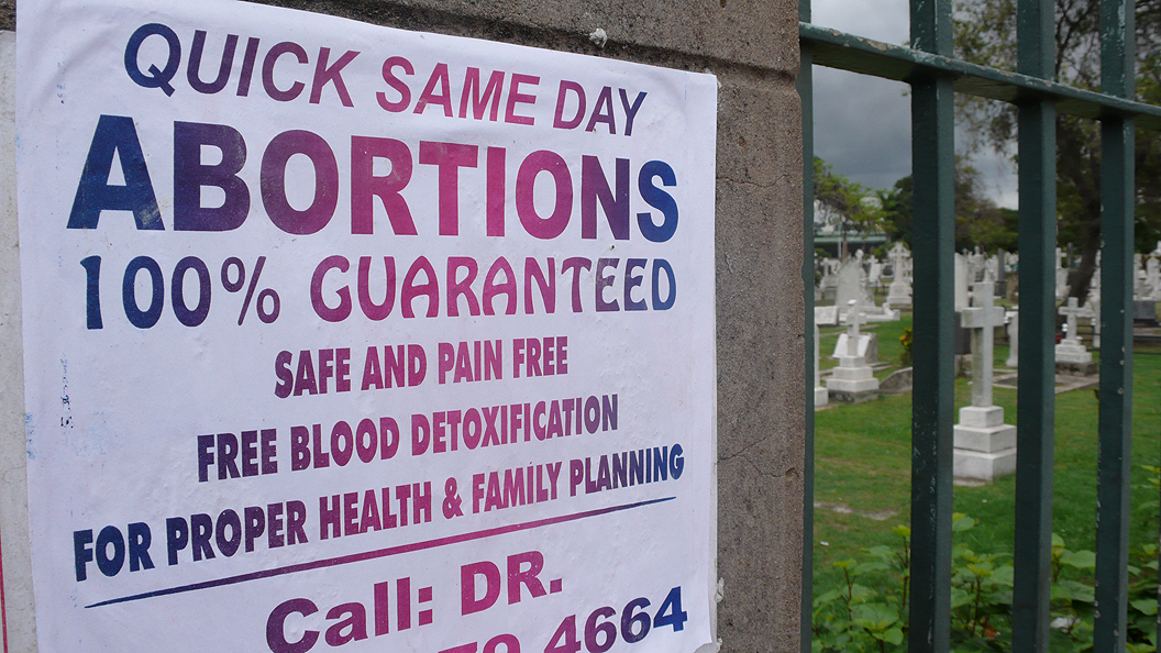 US Appeals Court Upholds Indiana Law Requiring Abortion Clinics to Report Medical Complications
