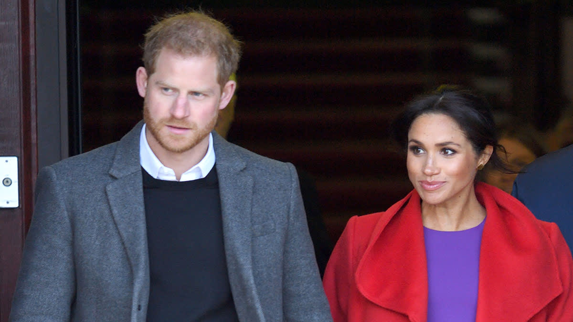 "Monarchalypse? Harry & Meghan ""Step Back"" As Senior Royals…"