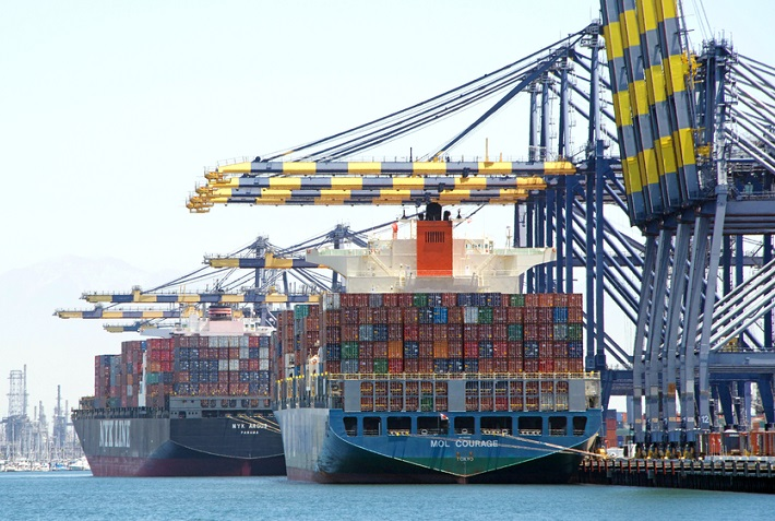 Higher US tariff threat to China imports paused as spot ...