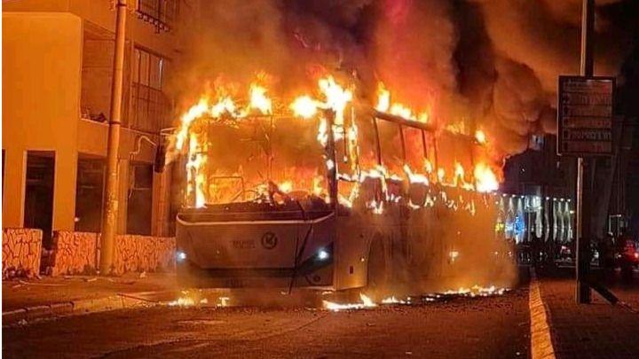 Holanda es un polvorín de violencia por las protestas ...