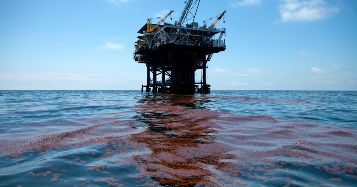 Remember the BP Oil Spill? These Cleanup Workers Are Still Suffering After 9 Years. – Mother Jones