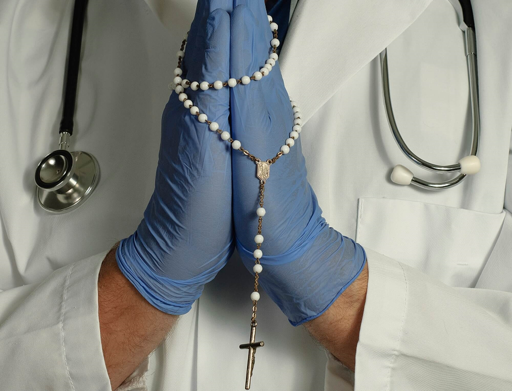 Opinion: Does Religion Have a Place in Medicine ...