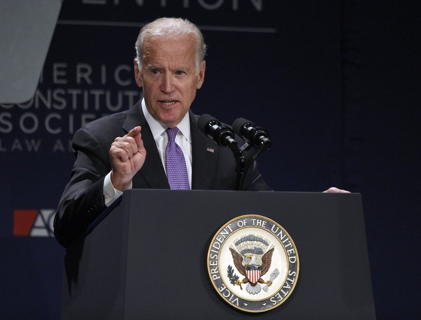 Hillary, stop Biden your time already and give Joe the VP ...