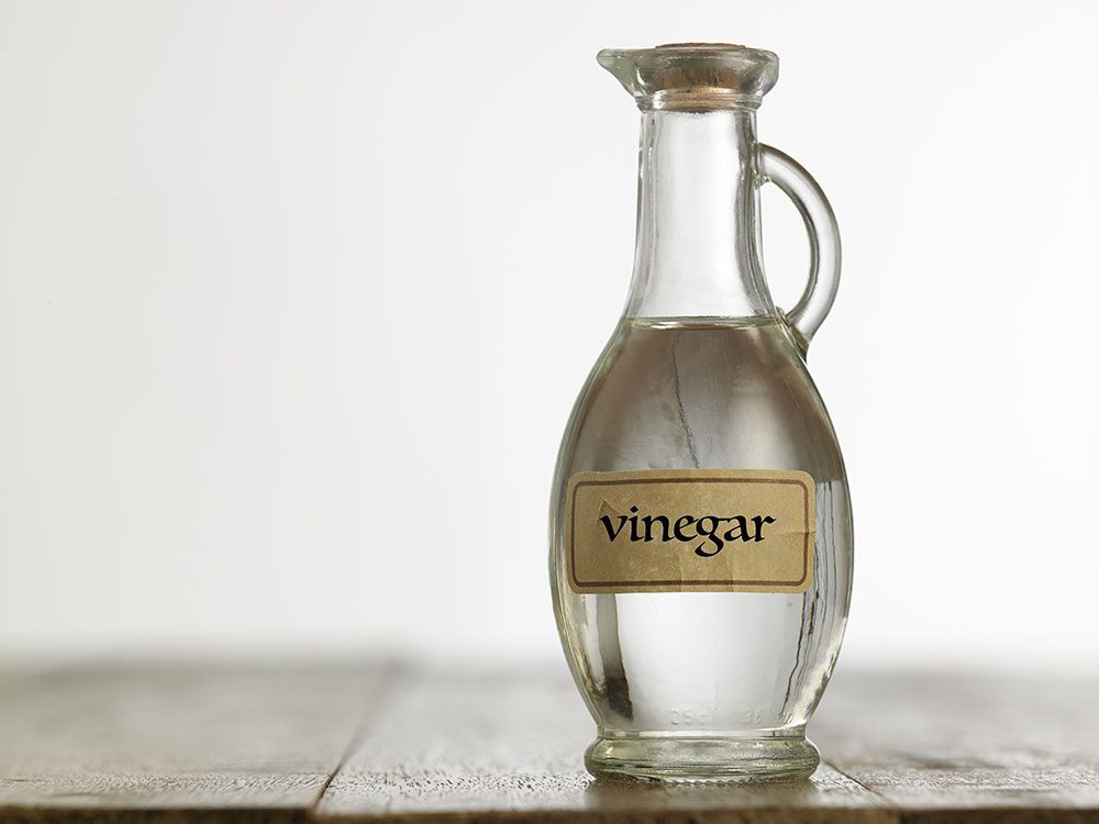 30+ Brilliant New Household Uses for Vinegar | Reader's Digest