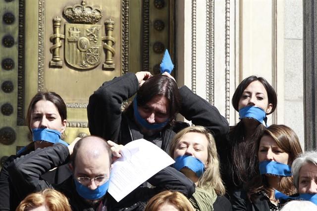 PSOE y Podemos negociarán para acabar con las devoluciones ...