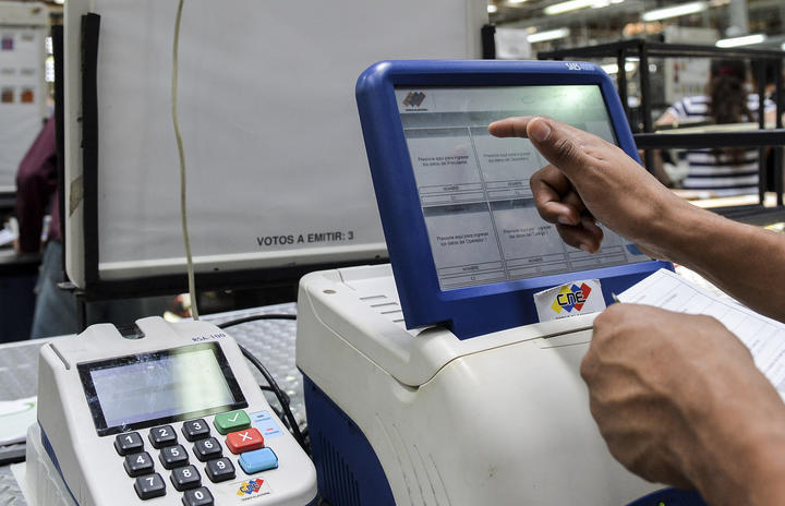 Fire destroys most voting machines in Venezuela's main elections warehouse…