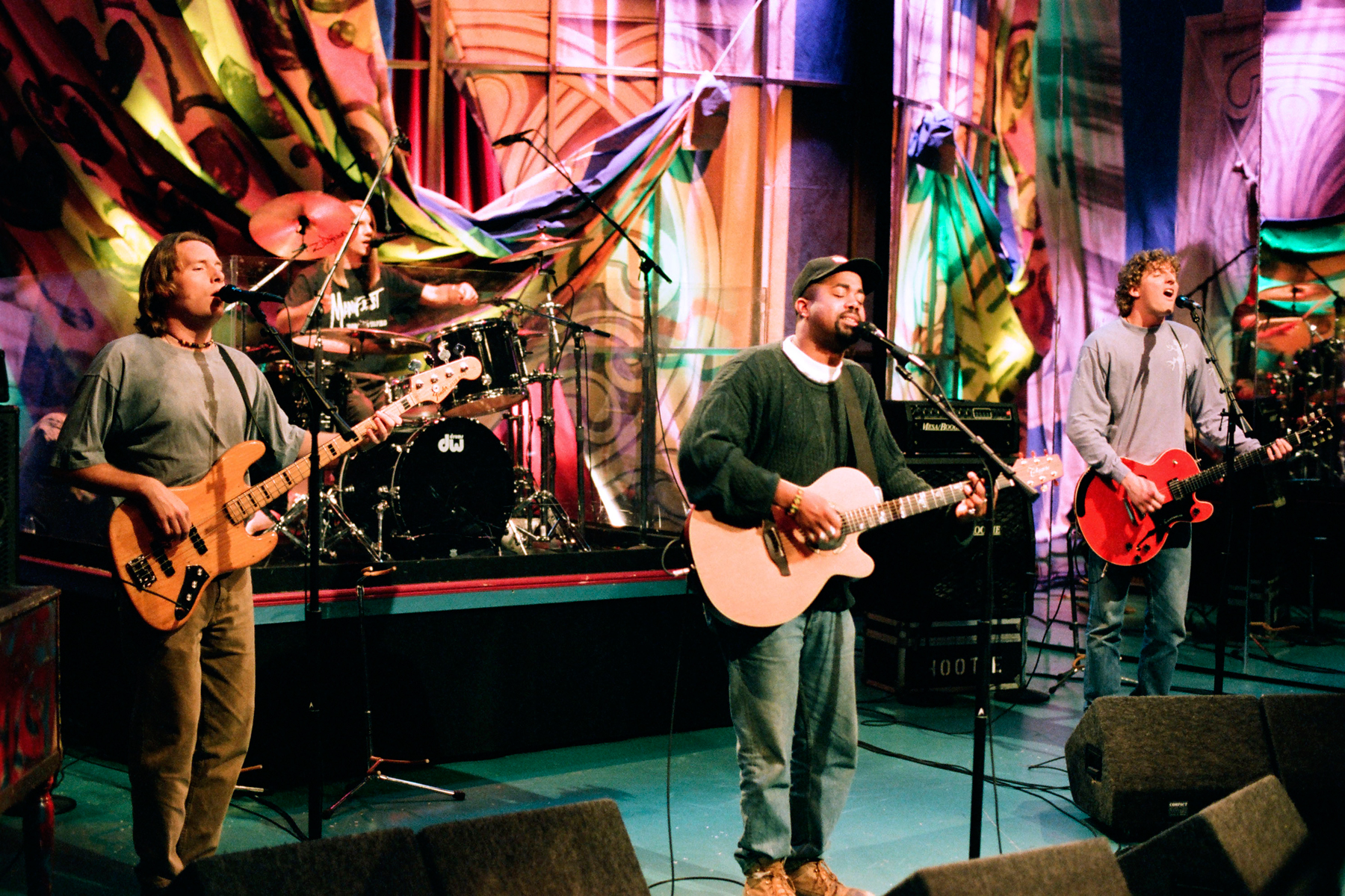 7 Reasons Why Hootie and the Blowish Were Country All ...