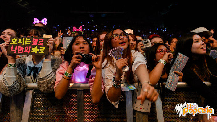 6 things that K-pop fans do that you won't find in other ...